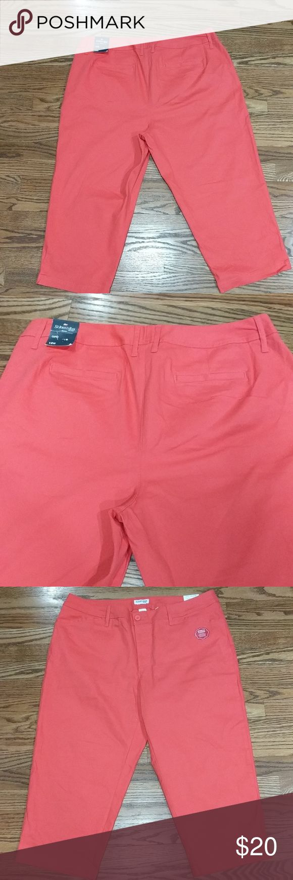 "St Johns Bay Womens Coral Capri St John's Bay women's coral capris. Secretly slender style. Inseam approx 22"" 2 front and 2 back pockets.   🌟Smoke free home 🌟No trades St. John's Bay Pants Capris"