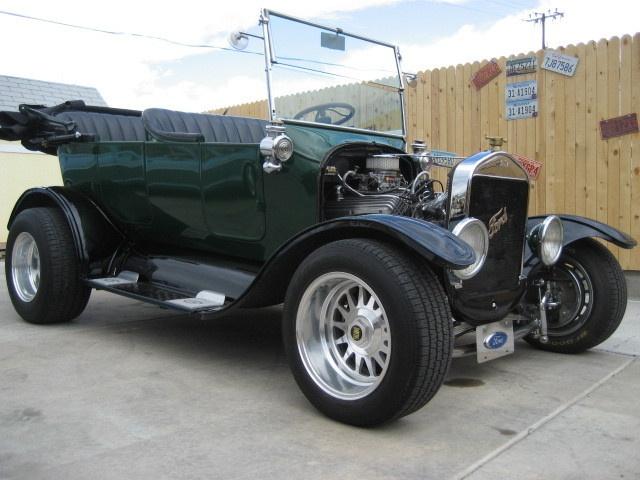 Ford : Model T T