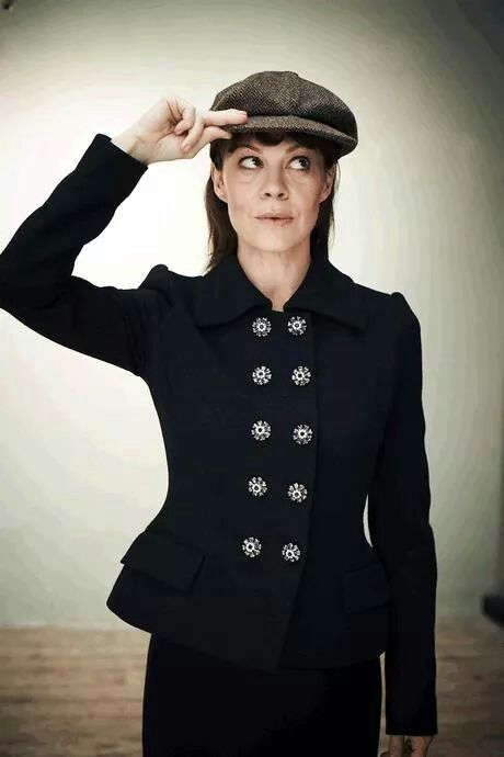 106 best images about Helen McCrory on Pinterest | Aunt ...
