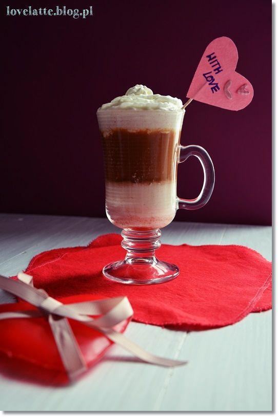 Raspberry & white chocolate mocha przepis: http://lovelatte.blog.pl/2014/02/16/raspberry-white-chocolate-mocha/