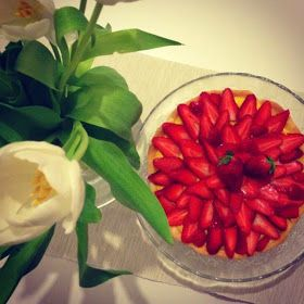 Ziggy in the kitchen: Crostata alla crema con fragole