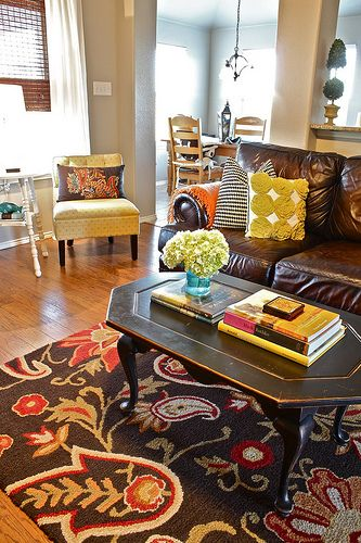 What a great eclectic living room!