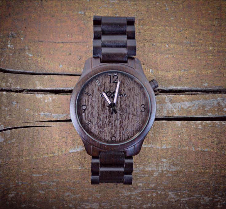 Woowa Orloy Ebony wood watch. Bestseller model.