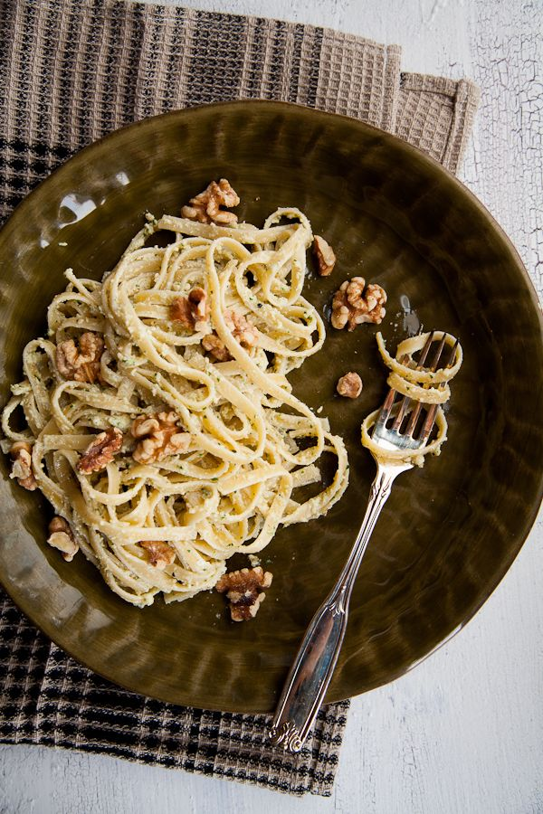 Fettucini with Walnut and Ricotta Cheese Sauce