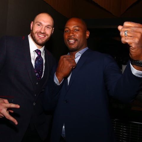 Tyson Fury and Lennox Lewis playing nice @barclayscenter!=============================== #Boxing #Boxen #Boxeo #RoundByRoundBoxing #RBRBoxing #BarclaysCenter #Brooklyn #Showtime #ShoSports...