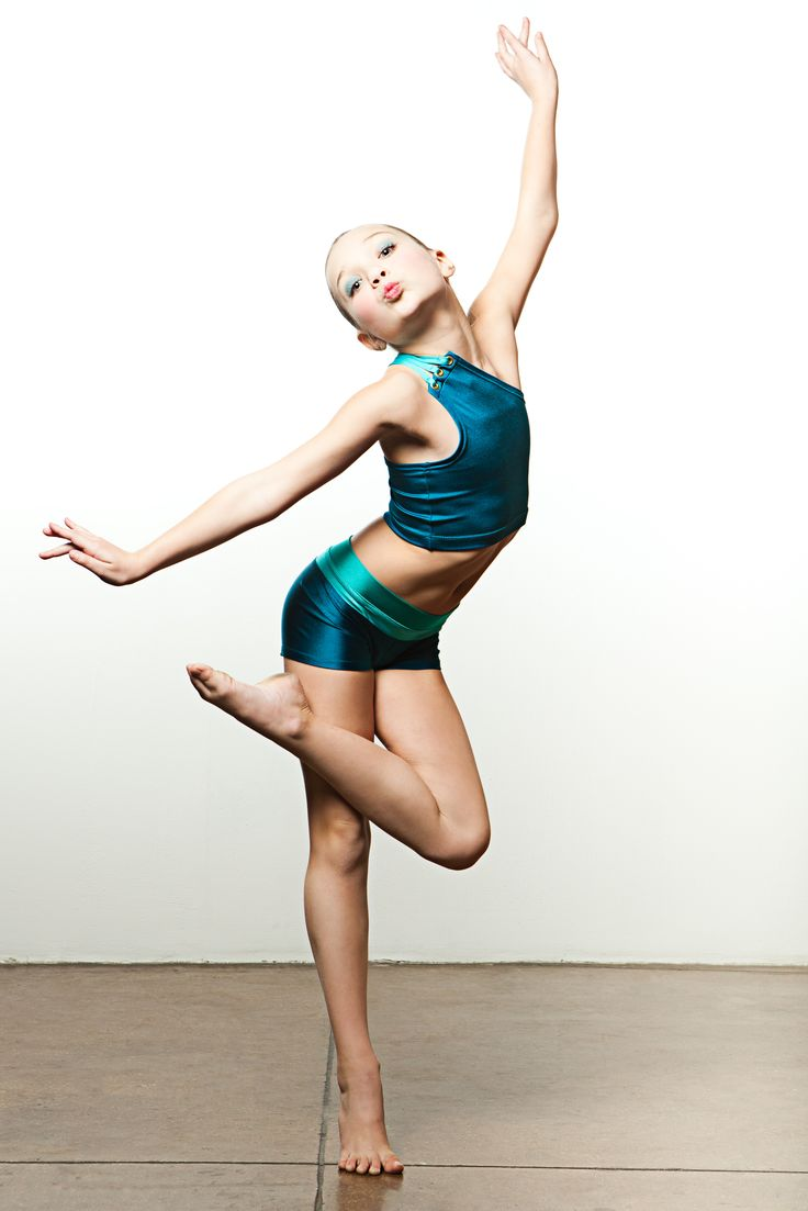Yes!!! Maddie working it at OXYjEN's Dance Moms photo ...