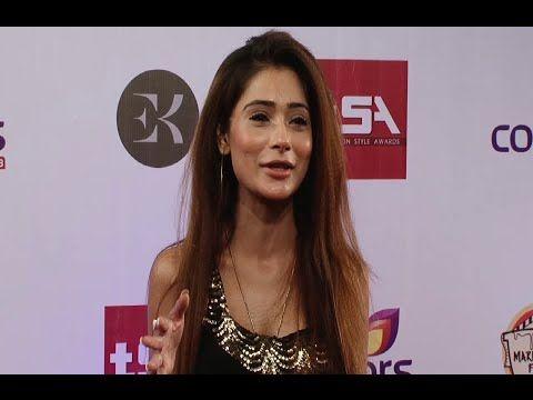Sara Khan beautiful at the red carpet of Colors Television Style Awards 2015. #sarakhan