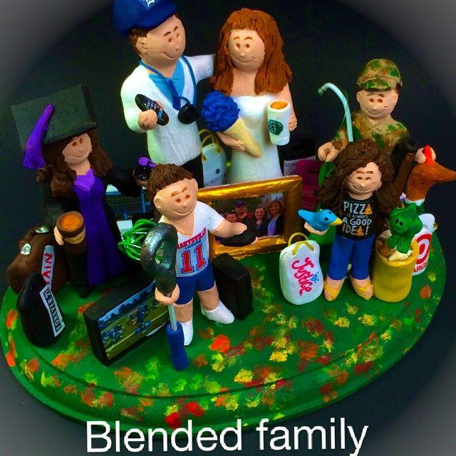 #weddingcaketoppers #weddinganniversary #blendedfamilywedding #blendedfamily  #wedding  custom made by magicmud.com.  #magicmud #weddingwithkids