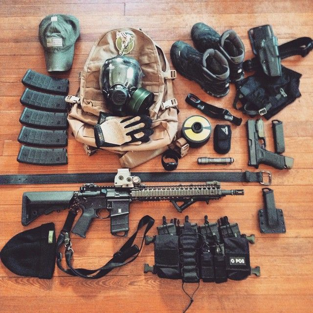 What in your #bugout #bugin load out? I could use some melee weapons...