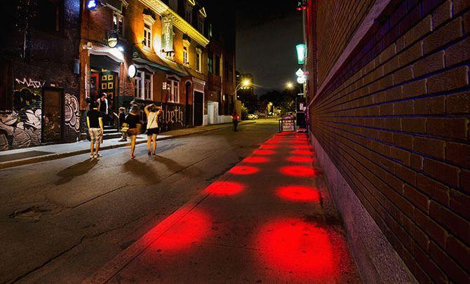 Signature Lumineuse : Le Parcours lumière est sous la direction artistique de Ruedi Baur et de Jean Beaudoin. Photos : Martine Doyon