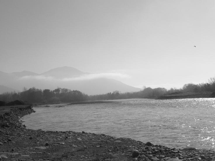 Río ubicado en el pueblo del Tambo en San Vicente de Tagua Tagua, que pertenece a la sexta región de Chile, llamada O ´Higgins.