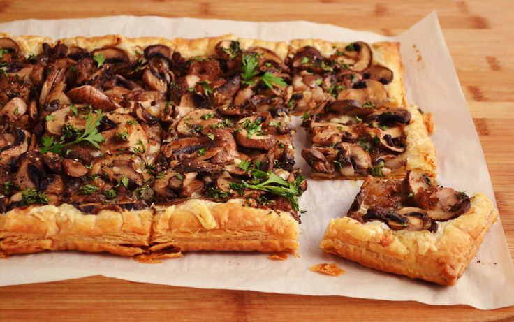 Mushroom tart, Tarts and Mushrooms on Pinterest