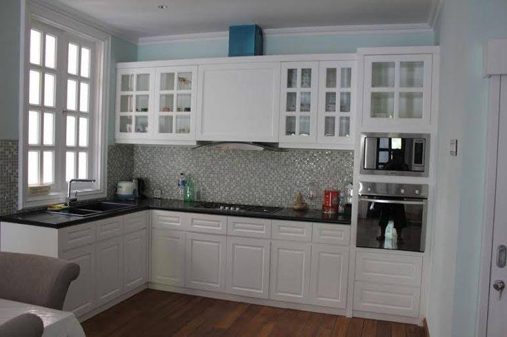 Kami kontraktor Interior dan custom furniture Silakan lihat beberapa gambar dari proyek terbaru di ; FB : Becca Home/beccaretail@gmail.com Instagram : @beccahome_ For order and more info : Mobile/whatsapp : 087887403049 Pin BB : 51F16B62 Line Messenger : Becca Home