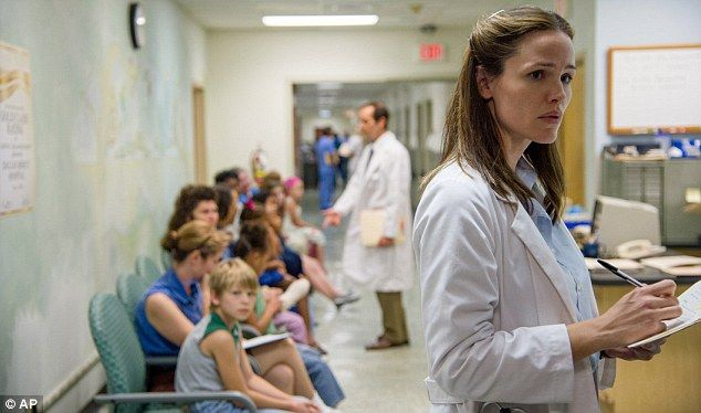 Working women in 2014 Oscar-nominated films: In Dallas Buyers Club, Jennifer Garner plays Dr. Eve Saks, who tells McConaughey's character about the drug trials for an antiviral that is thought to prolong the life of AIDS patients. #womeninfilm #AcademyAwards