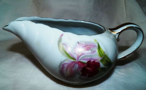 CRAFTSMAN CHINA ORCHID PATTERN GRAVY BOAT GOLD TRIM DINNERWARE