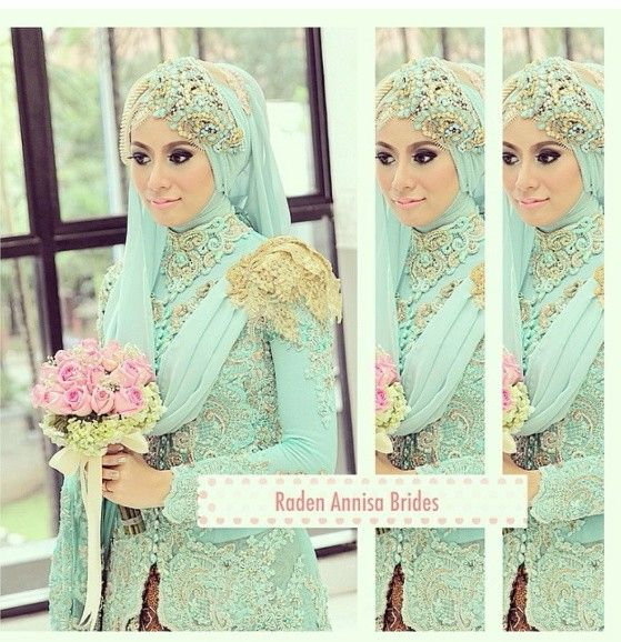 I love the hijab style. minty green kebaya