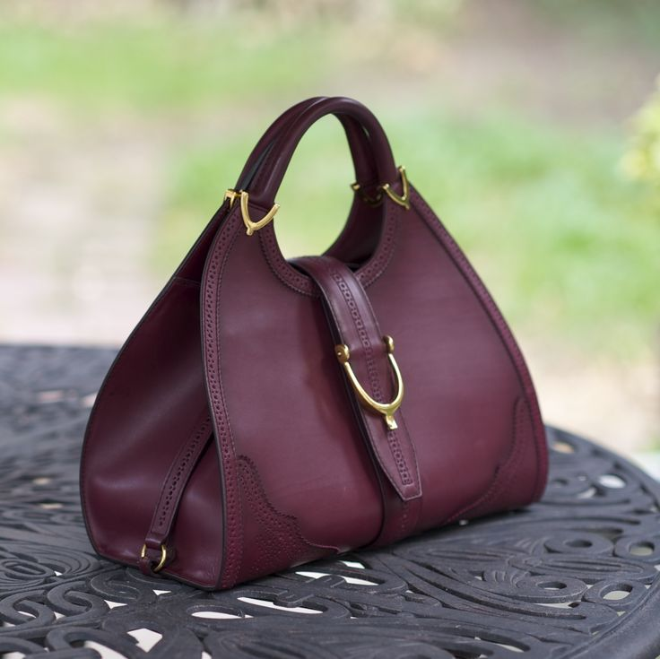 My new Gucci horsebit bag: It's my first lady like structured bag that's large enough to carry everything listed here, including my large Nikon camera.
