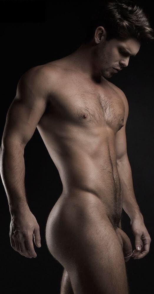 nude-model-men-hard