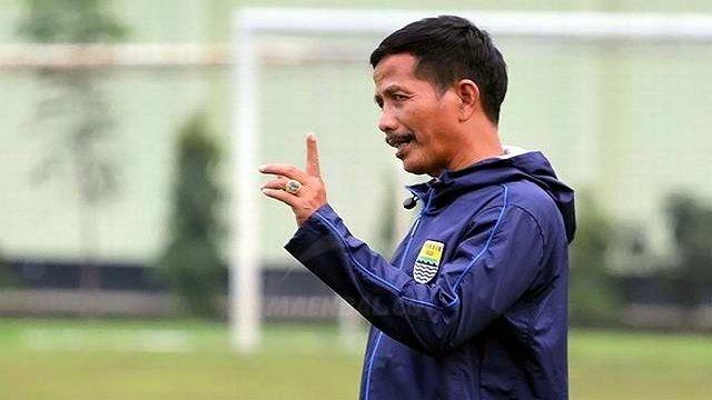 Djadjang Nurdjaman Tinggalkan Persib Bandung Demi Sertifikat Lisensi AFC A