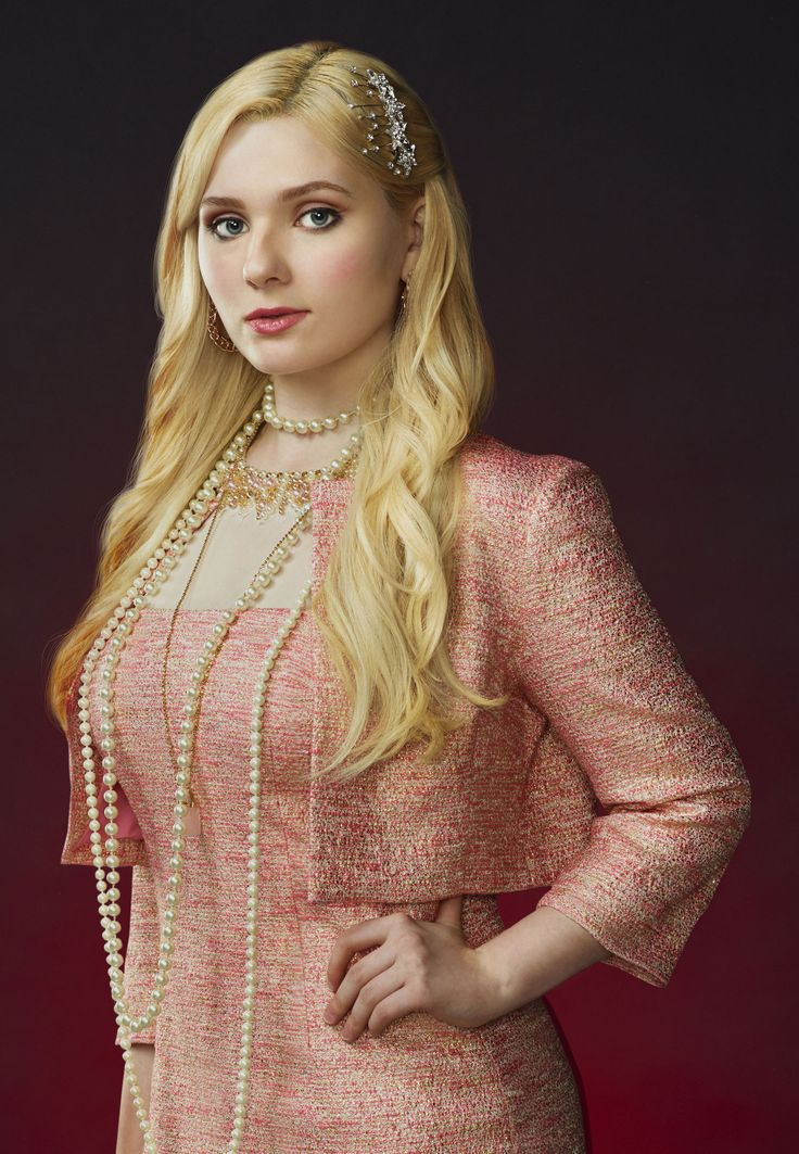 5 Minutes With TV's Newest Scream Queen, Abigail Breslin - FLARE
