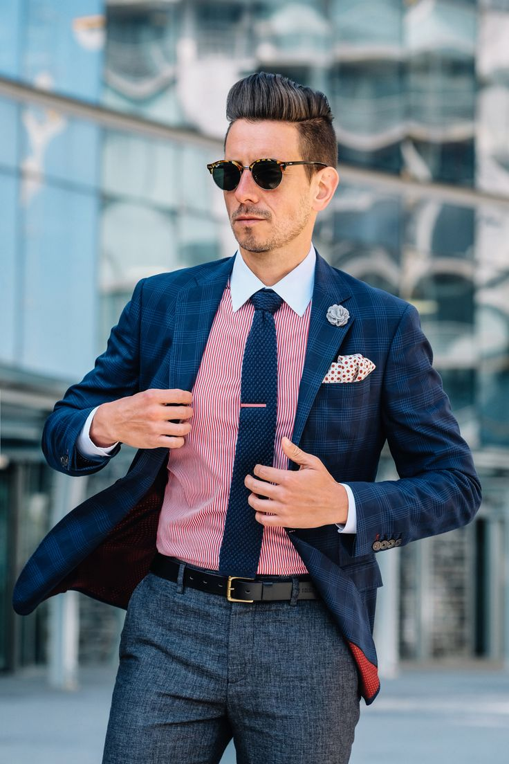 Final Outcome.    Fancy, Dapper, Men, Smart, Blue Blazer, Ties, Pocket Squares, Tutorial, Folding, Sunglasses, Menswear, Mens Style, Fashion, Mens Fashion, Wardrobe, City Style, Close Up, RayBan, Belts, Close Up, @Spitz, GIF, Photography