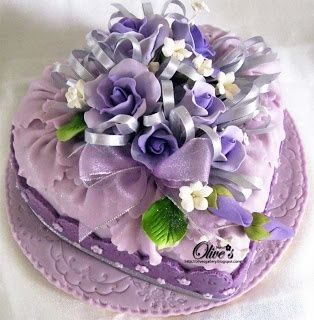 (via Heart Cake by Olive*s | ♥ lilac, lavender…lovely ♥)