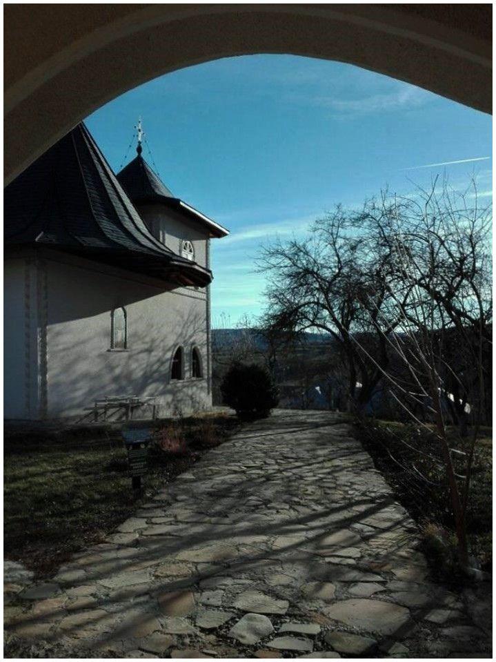https://flic.kr/p/21PiVGU | Biserica Adormirea Maicii Domnului  -  Comanesti - Jud. Suceava | North  Romania