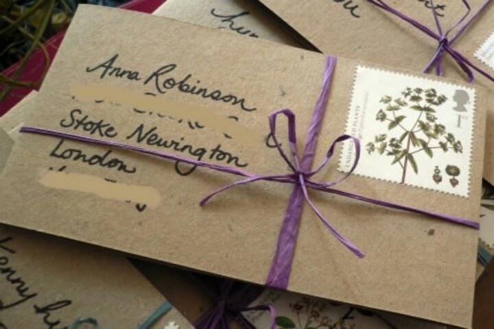 Envelopes with rafia