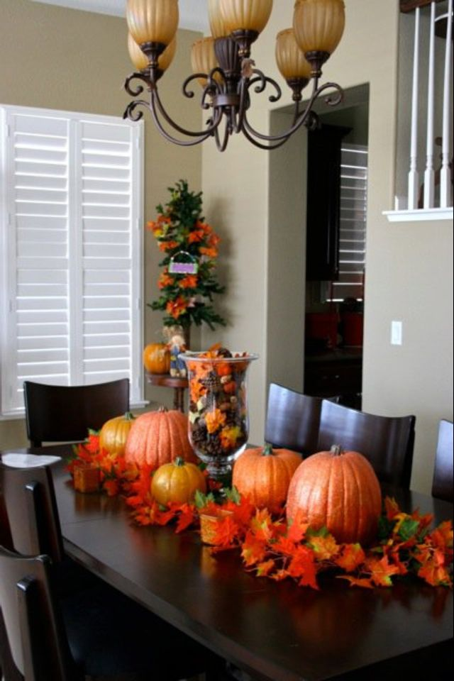 Fall pumpkin tablescape
