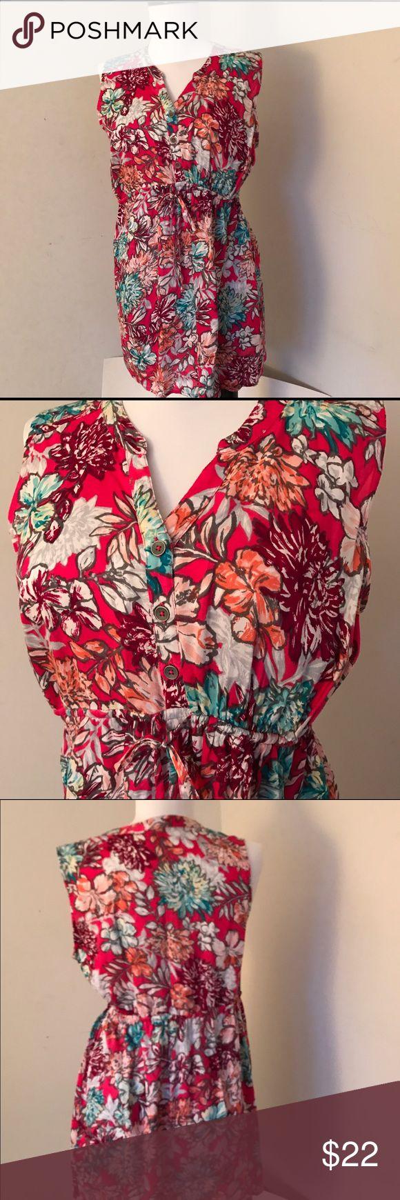 NWT maternity top Oh Baby Motherhood Sleeveless, elastic drawstring waist. Vneckline. 3 buttons. 100% rayon Oh Baby by Motherhood Tops Tunics