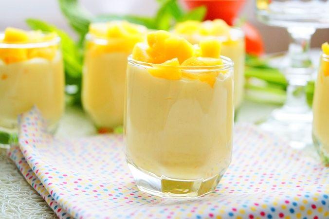 Mousse à la mangue recette facile et inratable La mangue un des fruits exotiques que j'adore par dessus tout, aujourd'hui je vous le présente un délicieux
