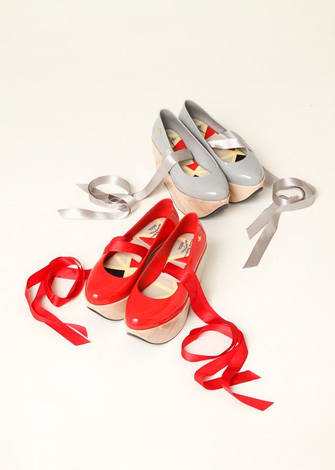 ヴィヴィアン・ウエストウッドの代表的シューズ「ロッキンホース・バレリーナ」がmelissaとコラボ   Fashionsnap.com