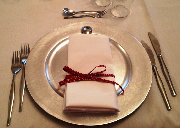 Burgundy Centerpiece Qld : Best silver charger plates images on pinterest