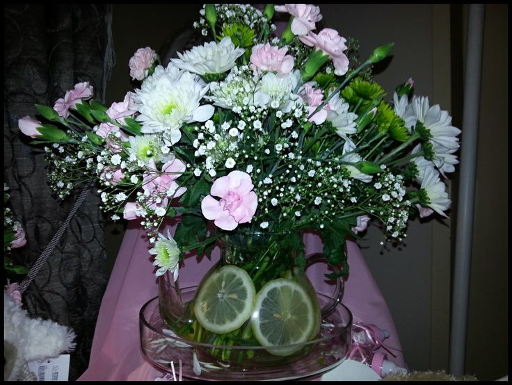 flowers at the baby shower
