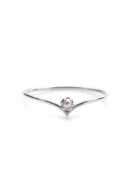 30 Dream Engagement Rings For The Anti-Diamond Girl #refinery29  http://www.refinery29.com/engagement-rings-diamond-alternatives#slide-29