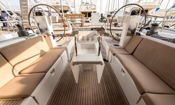 Sailing yachts moody ds 45 - smiling day