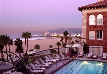 """1920s beach club restored as decadent Old World-style summer resort"" @Hotel Casa del Mar #SantaMonica #California #LA #Hotel http://ht.ly/kXxXc"