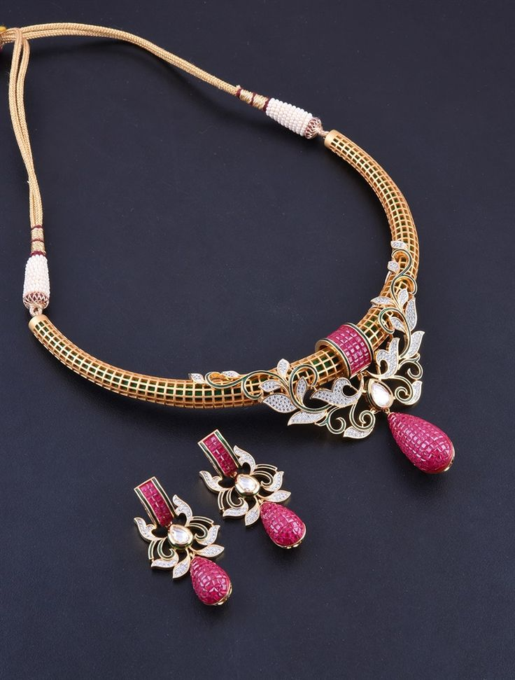 """""""Jewellery and girls, deep connection"""" :) Get it for every occasion.#rentaljewellery #Indianbridaljewellery #weddingjewellery  Jewellery PC: HiFlame14"""