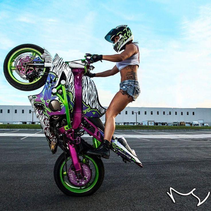 Real Motorcycle Women - nikki_636