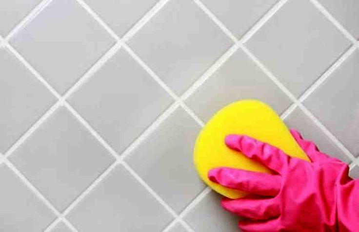 При поддержании чистоты и уюта в доме важно всё, и нет мелочей. Достаточно часто в ванной возникает проблема - когда швы между плитками темнеют под воздействием сырости, загрязнений или плесени. В этом случае, чтобы навести порядок в ванной, уже недостаточно просто отмыть плитку.   Необходимо отч
