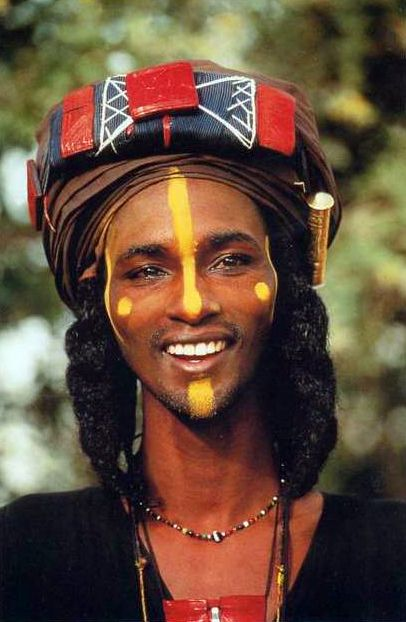 Africa | Wodaabe man participating in the Yaake dance, during the Gerewol Festival. Niger | ©Angela Fisher Carol Beckwith