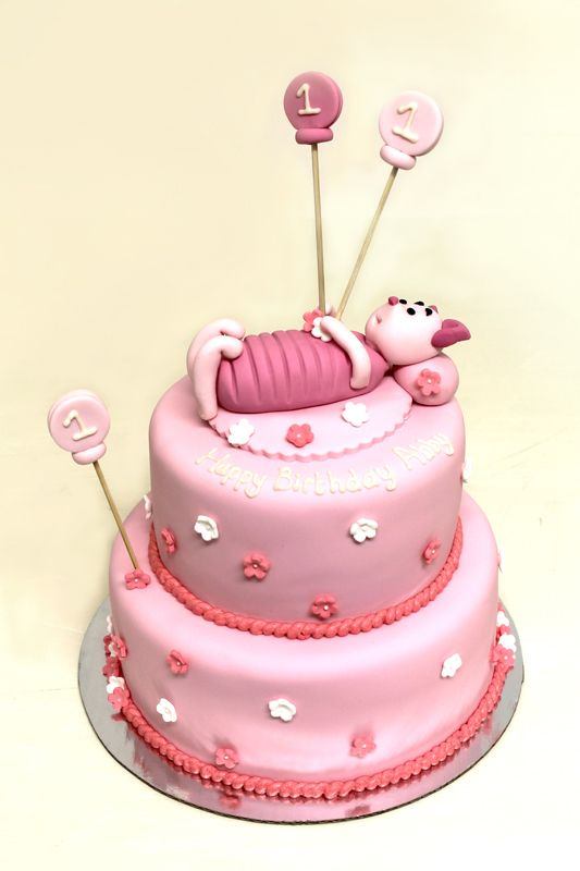 Piglet (Winnie the Pooh) cake by Sweet Bakery & Cakery, Wellington, NZ (www.sweetbakery.co.nz)