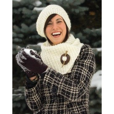 Free Knotted Aran Hat & Scarf Knit Pattern