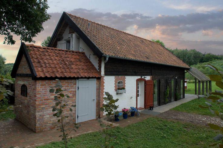 Przebudowa stodoły : Rustykalne domy od AA s.c. Anatol Kuczyński Anna Kuczyńska