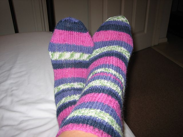Ravelry: Virtuallintu's Tricia's Birthday Socks