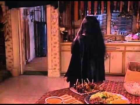31 best images about roseanne season 1 on pinterest. Black Bedroom Furniture Sets. Home Design Ideas