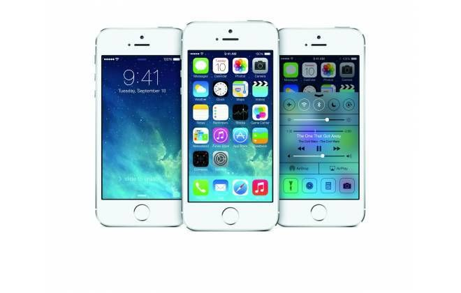 Já virou tradição: assim como diversos produtos tecnológicos, incluindo o PlayStation 4, Xbox One e Wii U, os preços dos novos iPhones no Brasil são os mais altos do mundo. As operadoras estão vendendo o iPhone 5s por valores entre R$ 2,8 mil e R$ 3,6 mil; já o iPhone 5c sai entre R$ 2 mil e R$ 2,4