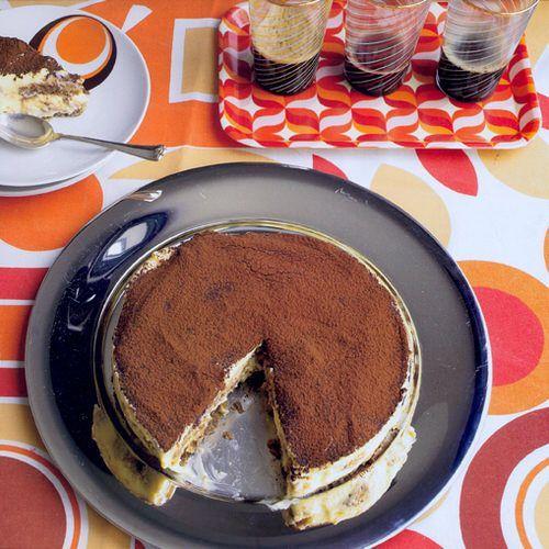 Tiramisu (de enige echte), uit het kookboek 'Tiramisu' van Laura Zavan. Kijk voor de bereidingswijze op okokorecepten.nl.