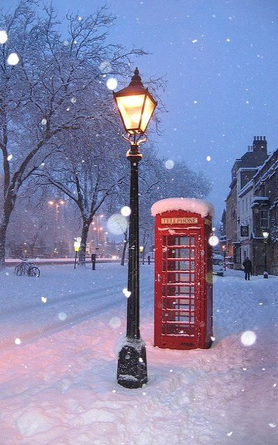 Snowy Night, Oxford, England