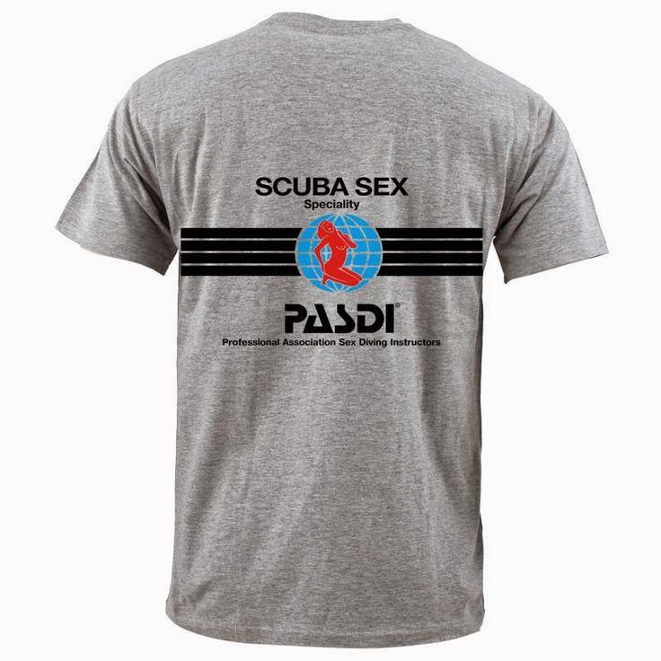 Sono in arrivo le nuove T-Shirt della specialità più' richiesta.... Le puoi ordinare On Line inviando una a mail a info@4sub.it, oppure le potrai trovare in negozio a Milano in Via Giambellino 57.  Prenotala Subito...
